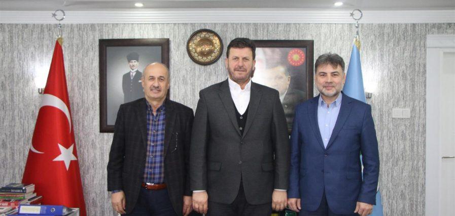 Akyazı Belediyesi'nde İmzalar Atıldı