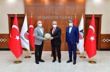 Diyarbakır Valisi Münir Karaloğlu'nu Ziyaret Ettik
